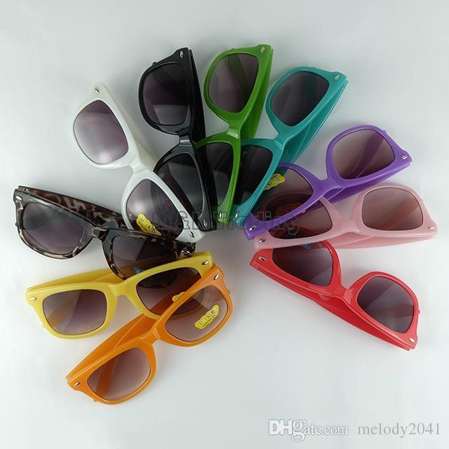 Kinder Sonnenbrille 10 Bonbonfarben Kinder Sonnenbrille Baby Retro Mode Schatten Klassischer Reisender Rahmen Eyewear UV400