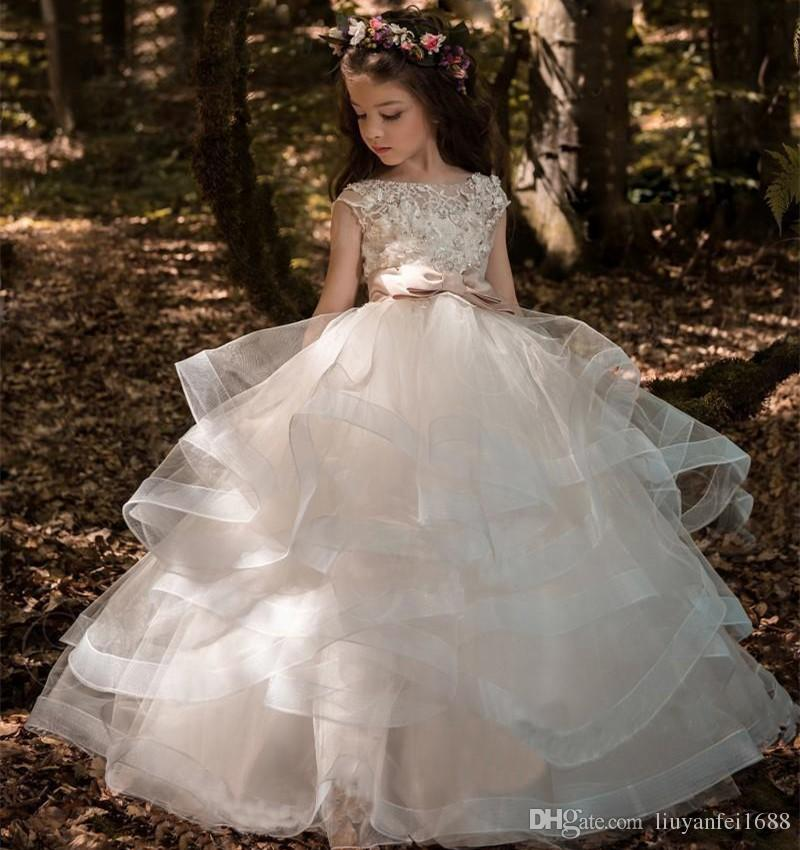Arabo 2019 Pizzo floreale Flower Girl Abiti Ball Gowns Bambino Pageant Abiti Long Train Beautiful Little Kids FlowerGirl Dressal Formal 111