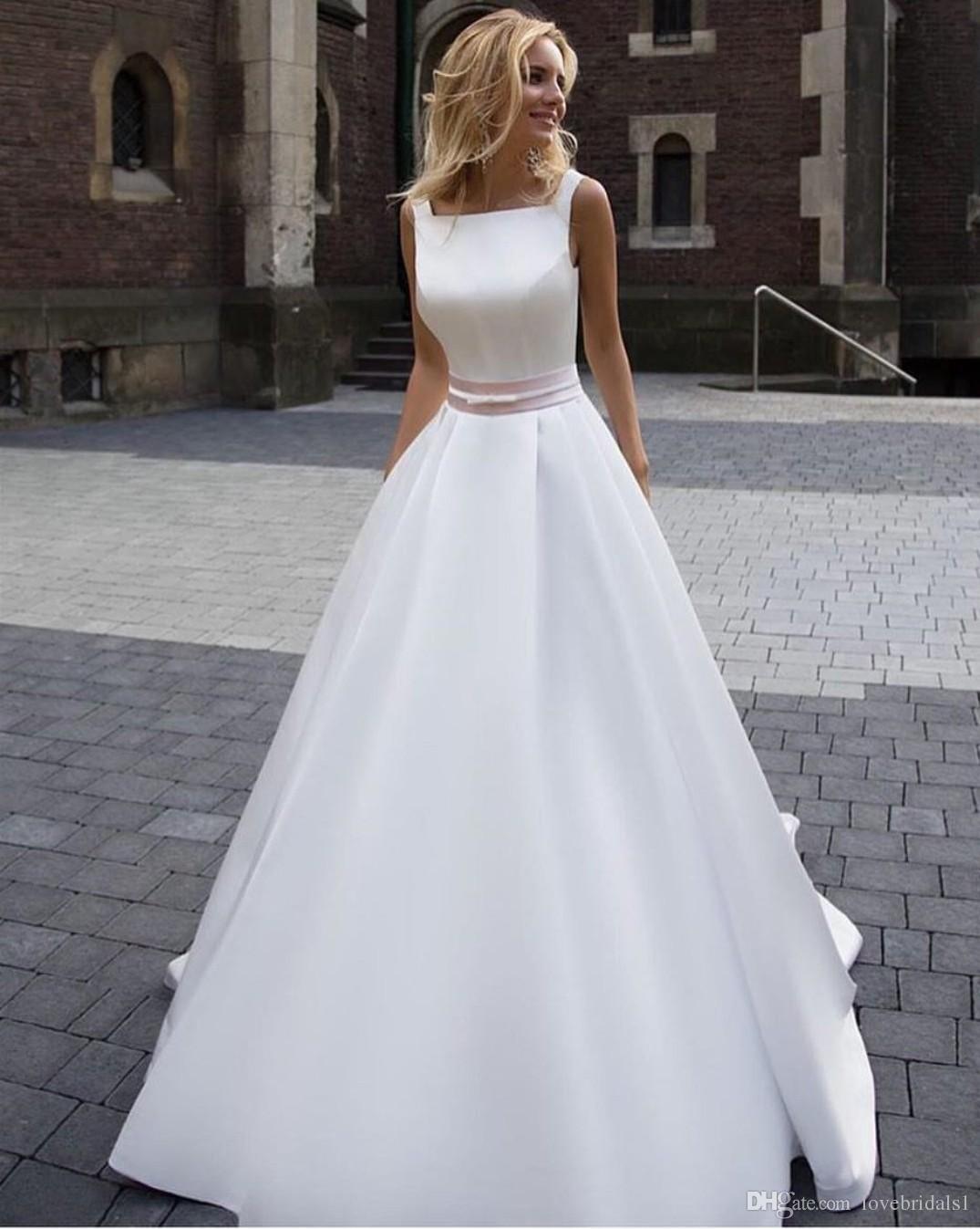 Hochzeitskleid satin