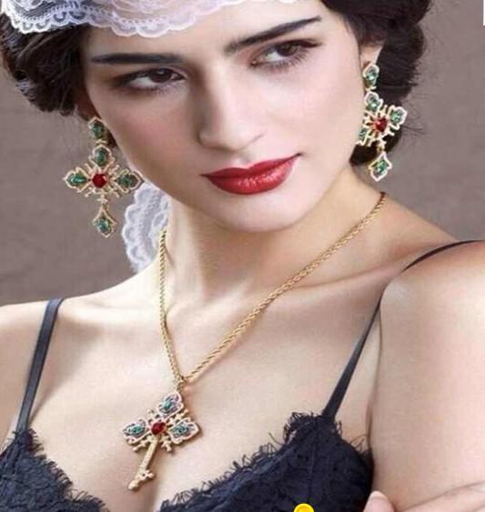 эриньш ожерелье красочные алмазный крест кулон леди (xysppfh)