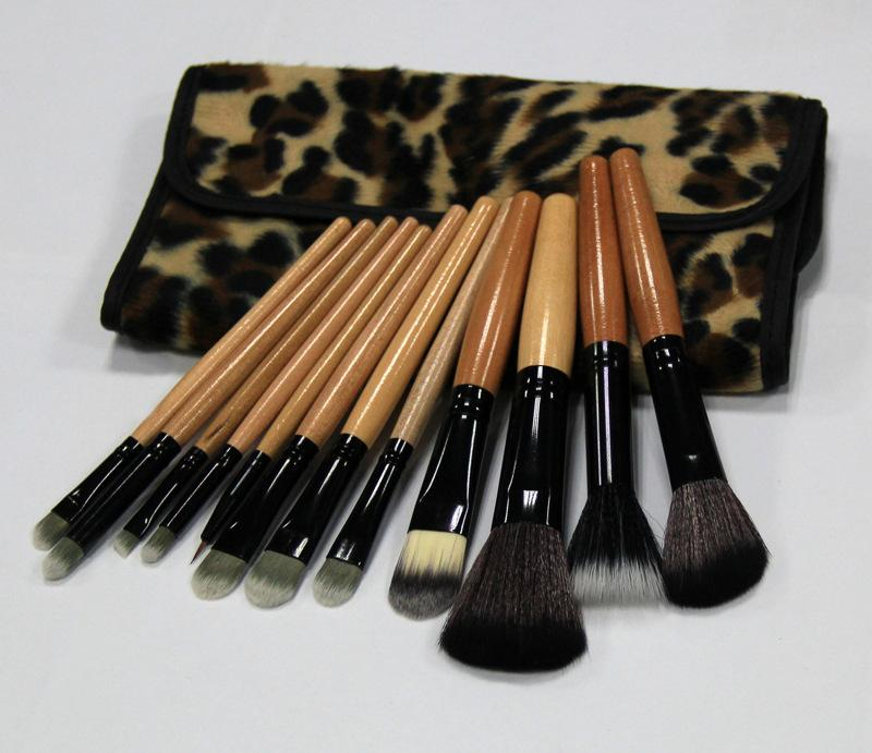 High Quality Real Tech New Professional Cosmetic 12 PCS Makeup Brush Set with Leopard Print Pouch