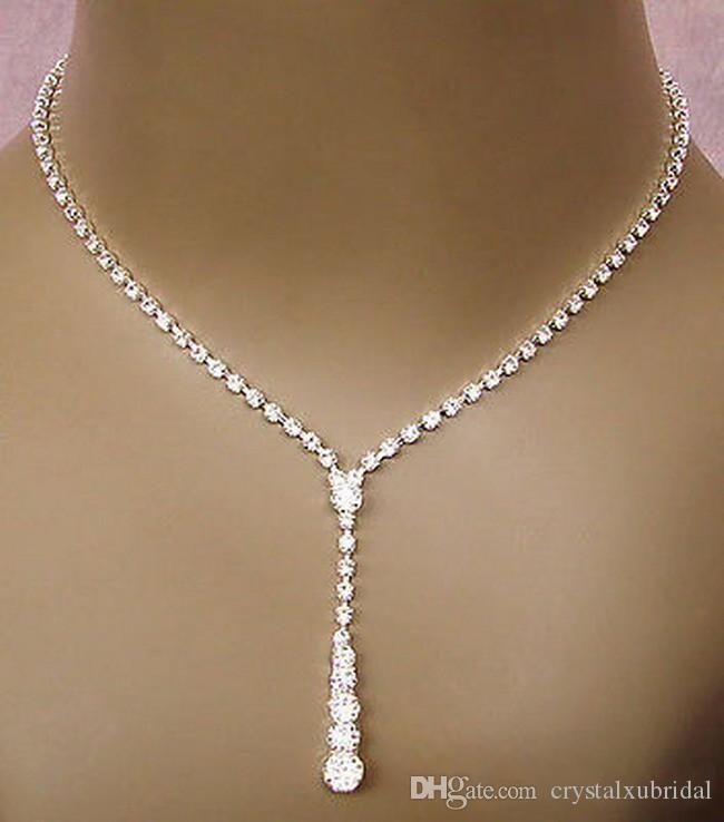 2018 Bling Crystal Bridal Jewelry Set placcato argento collana orecchini di diamanti Set di gioielli da sposa per la sposa Damigelle donna Accessori