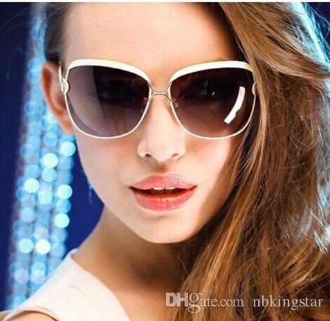 أزياء النظارات الشمسية الأنيقة uv400ce المرأة 100٪ uv حماية وهج خمر النظارات الشمسية 10 قطعة / الوحدة 5 ألوان شحن مجاني