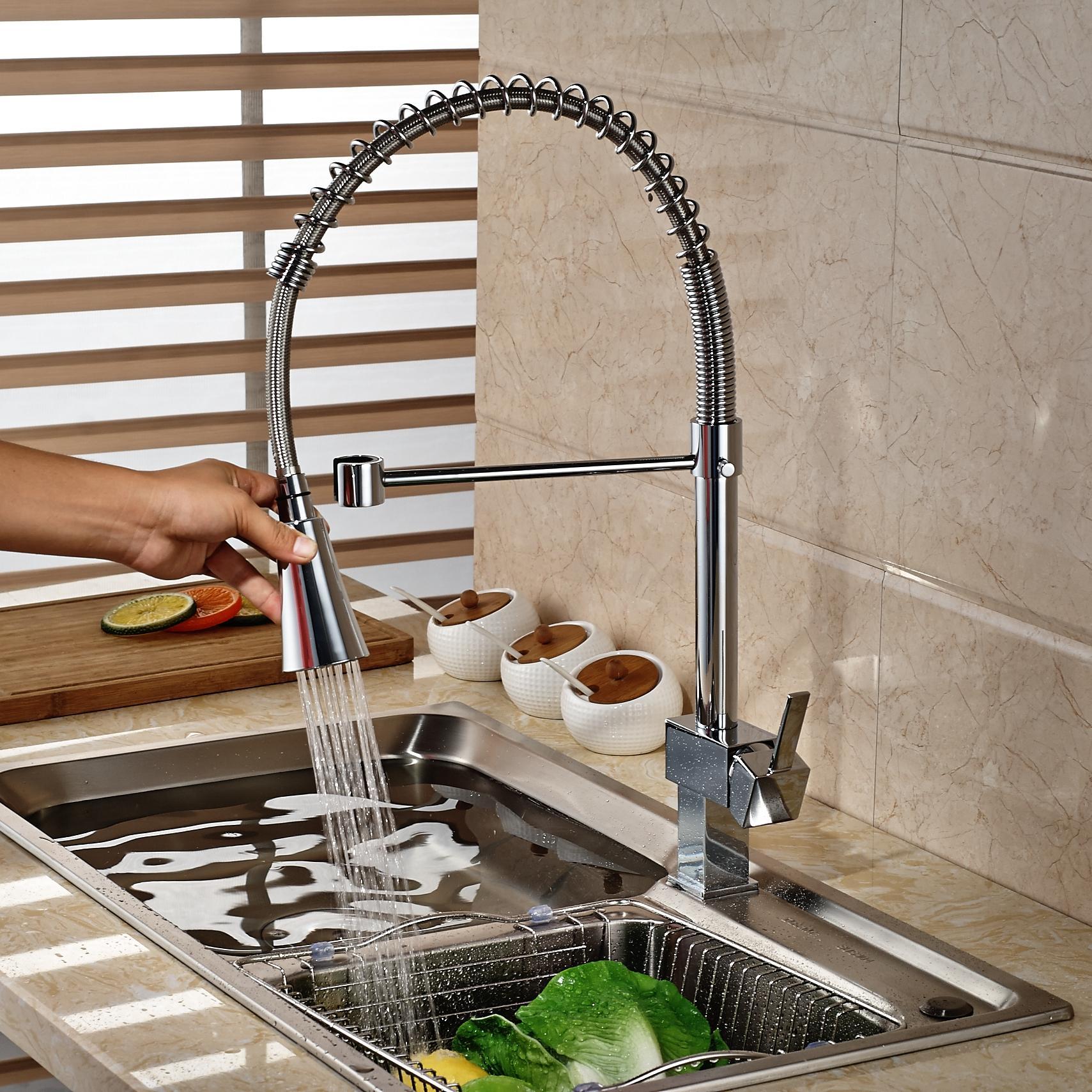 Rubinetto monocomando da cucina moderno in ottone cromato Rubinetto per lavabo monocomando Rubinetto monocomando con foro per acqua calda e fredda