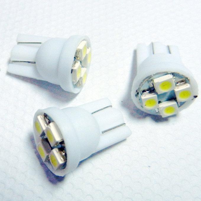 Venta al por mayor 300 unids T10 194 168 1210 4 LED 4 smd bombilla de luz de cuña led lámpara led linterna