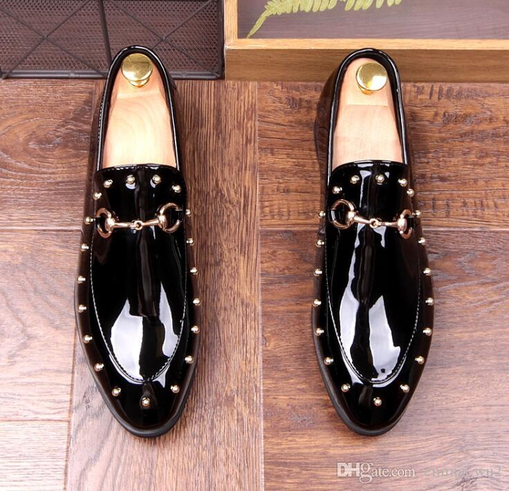 Fashion dress shoes flat wedding and prom shoes bright leather loafers mens italian brand oxfords rivet shoes for men