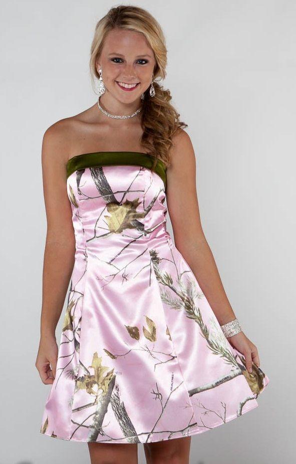 Vestidos de dama de honor de camuflaje de color rosa Vestidos de camuflaje de estilo real corto Una línea de vestidos de fiesta Vestidos de fiesta de boda sin tirantes