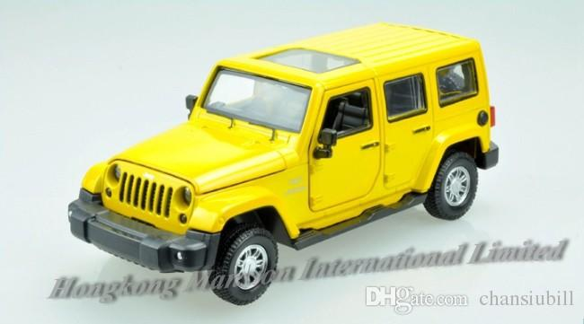 1:32 Alloy Diecast Car Model For Jeep Wrangler Collection Powerful Pull Back Toys Car With Sound&Light - Yellow / Red / Green