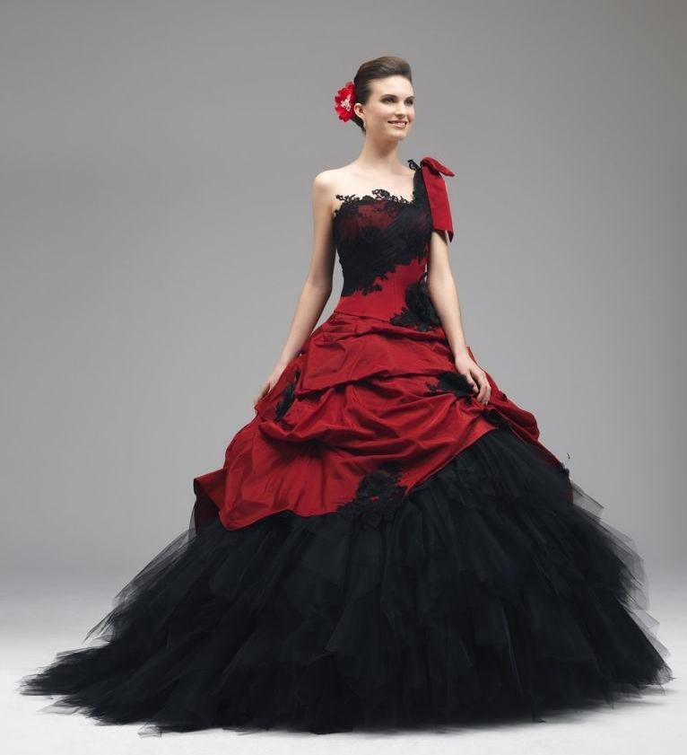 Discount 2016 Red Black Wedding Gowns Lace Appliques Gothic Wedding ...