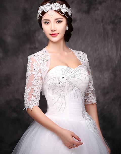2017 Fabulous Elegant Lace Bridal Bolero Half Long Sleeve Beaded 레이스 Sweetheart Bridal Jacket Bridal 액세서리 무료 배송