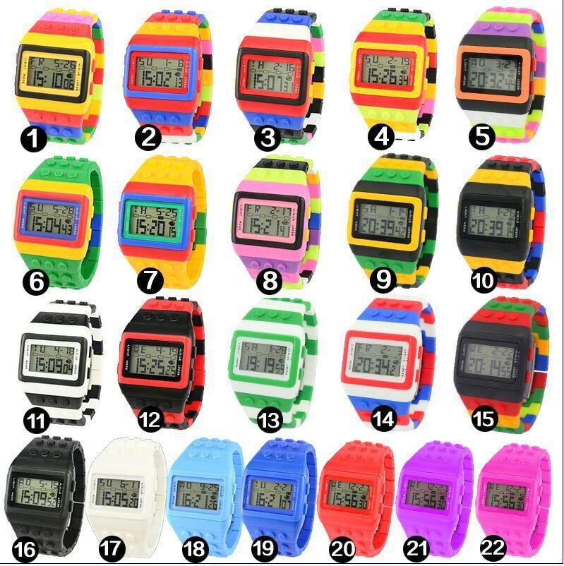 도매 50pcs / lot SHHORS 디지털 시계 사탕 야간 조명 깜박이 방수 Unisex 젤리 레인보우 알람 시계 WR005 최대 최대 조명