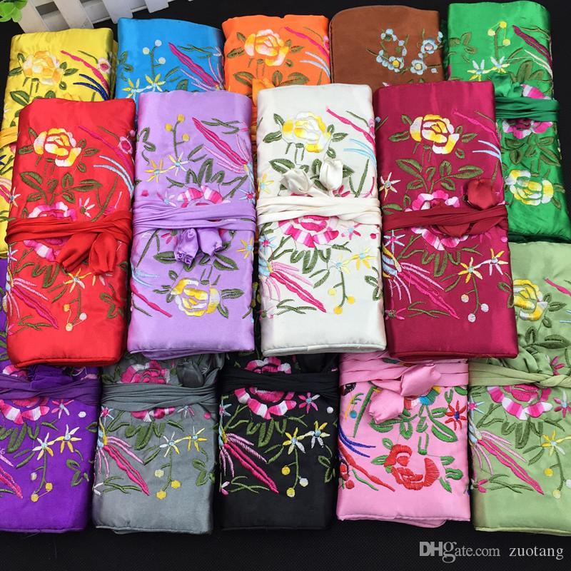 エレガントな刺繍入り折りたたみ式旅行ジュエリーロールギフトバッグ巾着収納ケースシルクファブリックジッパーマルチポーチ包装50個/ロット