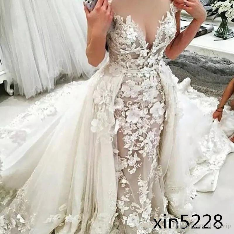 Deep V Neck Sexy Mermaid Wedding Dress With Detachable Train 3D Floral Applique Plus Size Wedding Dress Luxury Beach Bridal Gown