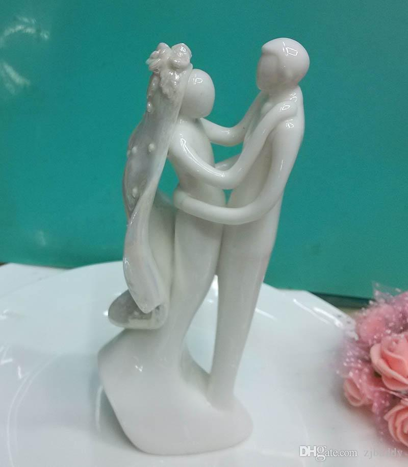 Wedding Cake Decoration Event Party Supplies Ceramic Bride and groom Porcelain Couple Figurines Wedding Cake Topper Wholesale