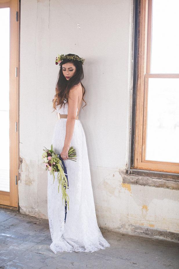 Beach Lace Wedding Dresses V neck Gold Sash Vestidos de Novia Side Split A Line Backless Romantic Lace Bridal Gowns