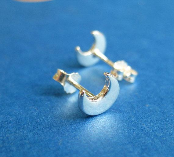 af43f34e4d916 2019 S020 Gold Silver Cute Crescent Moon Stud Earrings Simple Tiny Half  Moon Stud Earrings Jewelry For Women From Jackhon, $22.12 | DHgate.Com