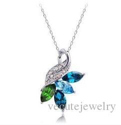 New Design 18K White Gold Plated Austrian Crystal Four Leaf Necklace for Women Made With Swarovski Elements Wedding Jewelry Wholesale Price
