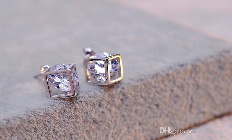 Vente chaude 925 Sterling silver CZ Diamant Couronne Stud Boucles D'oreilles Cubique Forme Bijoux De Mode beau mariage / engagement cadeau livraison gratuite