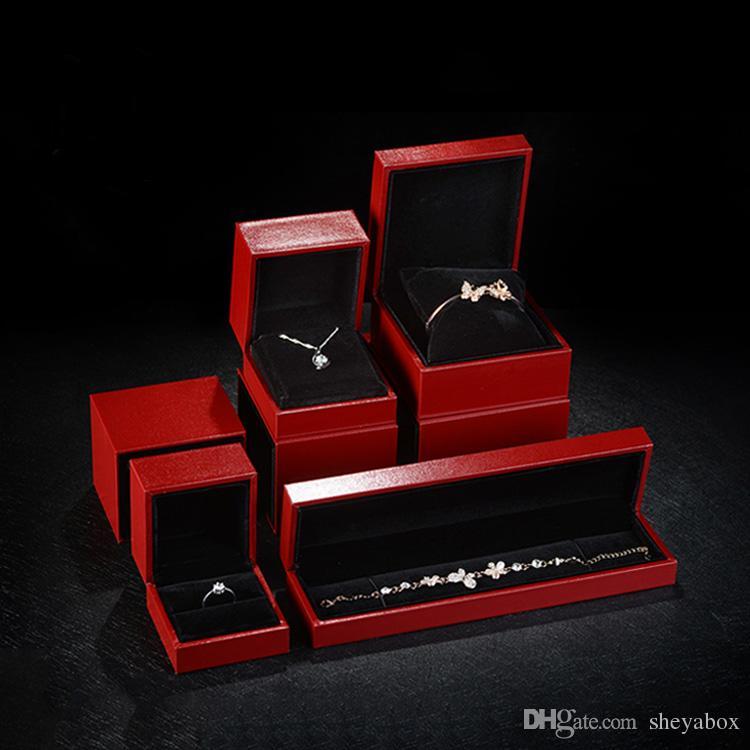 Deluxe Slide Jewelry Gift Box Pillow Watch Box Red Birthday Jewellery Ring Pendant Bangle Bracelet Packaging Custom Logo