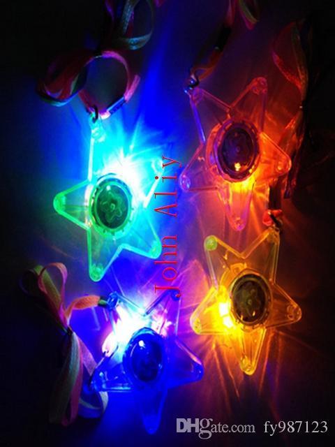 VENDITA CALDA 300 PZ / LOTTO LED Incandescente Collana Piccola Stella Lampeggiante Hanging Light-up Giocattoli Per Bambini Festa di Compleanno Favori Freeshipping