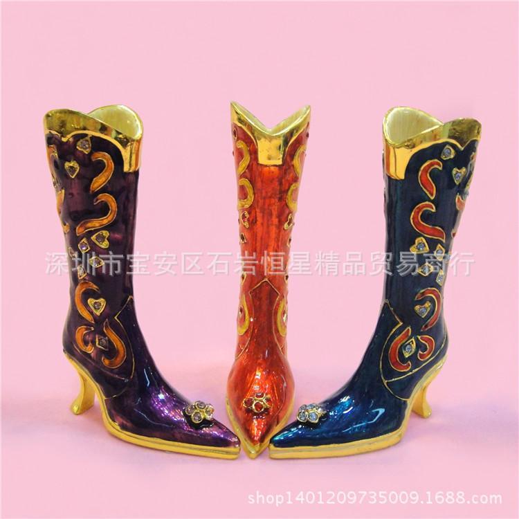 Fabrika doğrudan bir nesil yağ metal el sanatları yaratıcı ev dekorasyon elmas süsler Ayakkabı ve çizmeler Rusya