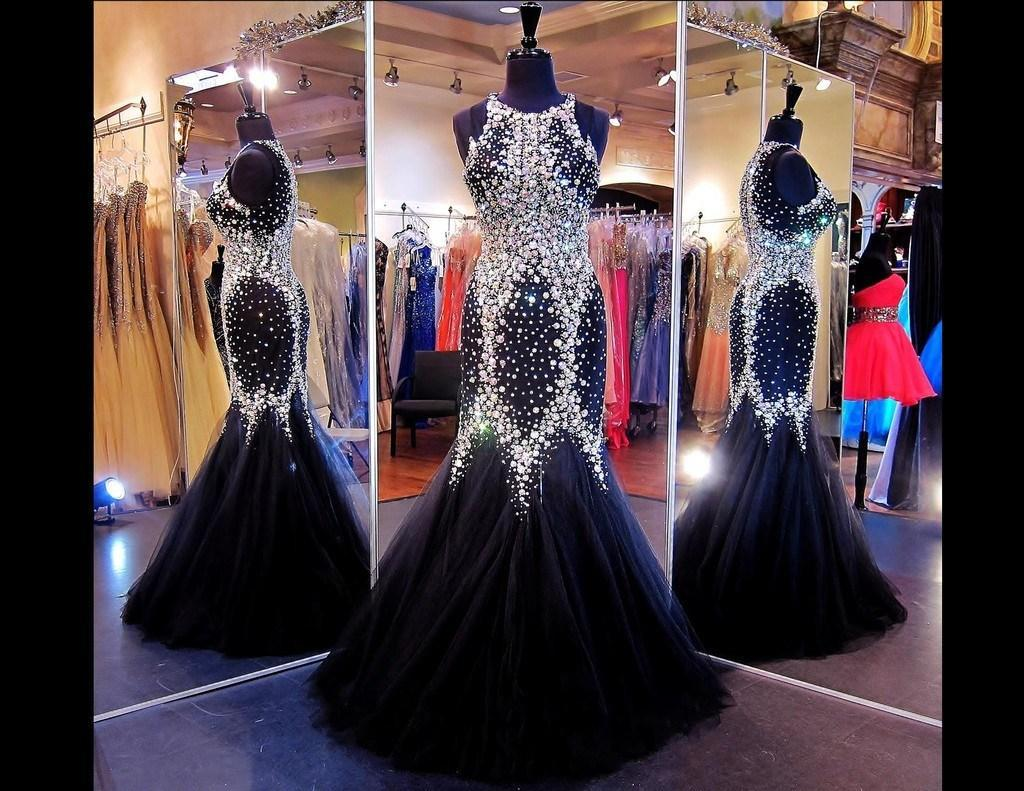 Sirena Vestidos de concurso con cristales Joya Tul transparente Manga capsulada Celebrity / Vestidos de noche negros Vestidos de baile con diamantes de imitación