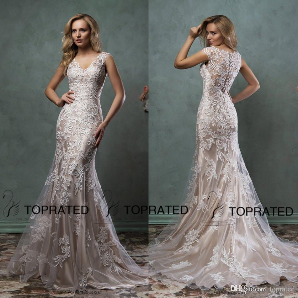 2019 Elegant Lace Wedding Dresses Mermaid Bridal Gown With Scoop Sheer Back Covered Button Ivory Nude Court Train Amelia Sposa Custom Made Designer