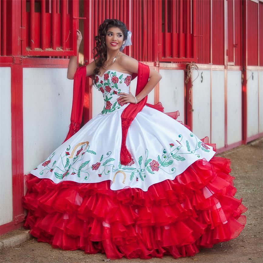 Compre Quinceanera Viste El Vestido Bordado Con Listón Blanco Y Rojo Del Dulce 16 De La Nueva Manera 2016 Del Bordado Del Amor Vestidos De 15 Anos A