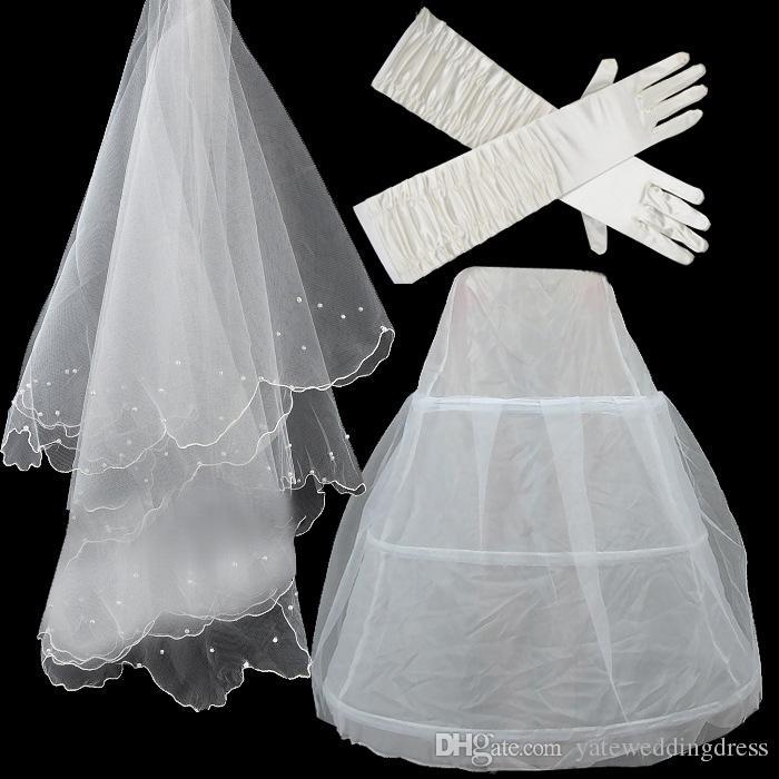 Luvas de casamento anágua véu conjunto barato em estoque branco nupcial acessórios para vestido de baile vestido de casamento cotovelo comprimento luva de noiva véu de cristal