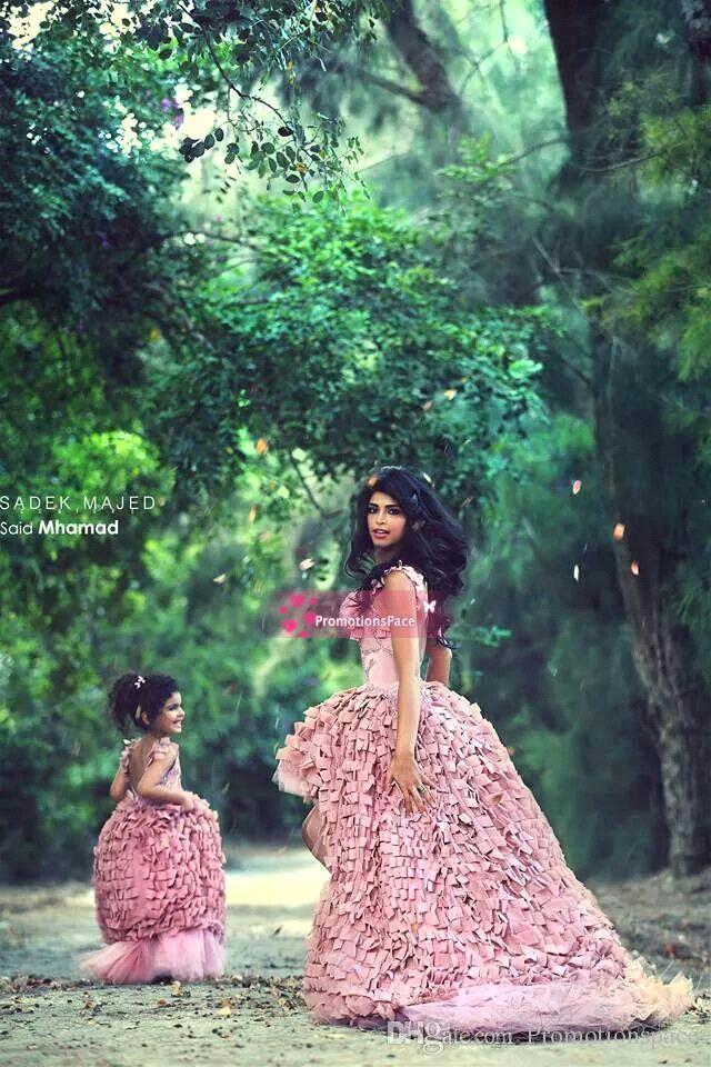 Yeni Tasarım Anne Kızı Elbiseler Pembe Balo Kızlar Pageant elbise Florwer Kızlar Elbiseler Custom Made BO7282