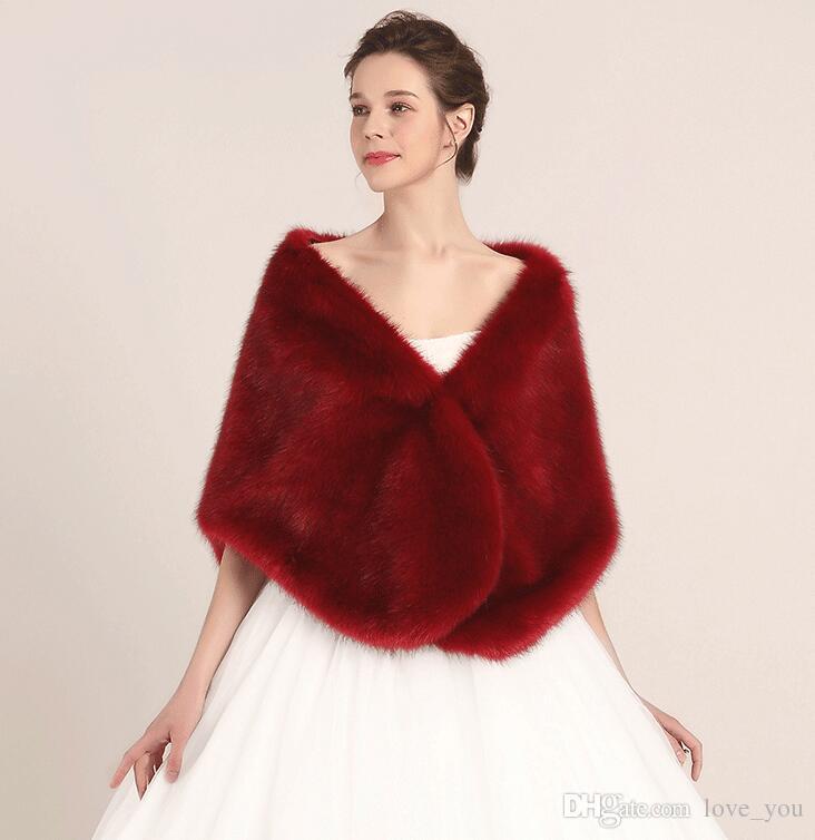 Princess Faux Fur Bridal Shrug Wrap Cape Stole Shawl Bolero Jacket Coat Crystal For Winter Wedding Bride Bridesmaid Dresses Real Image LY909