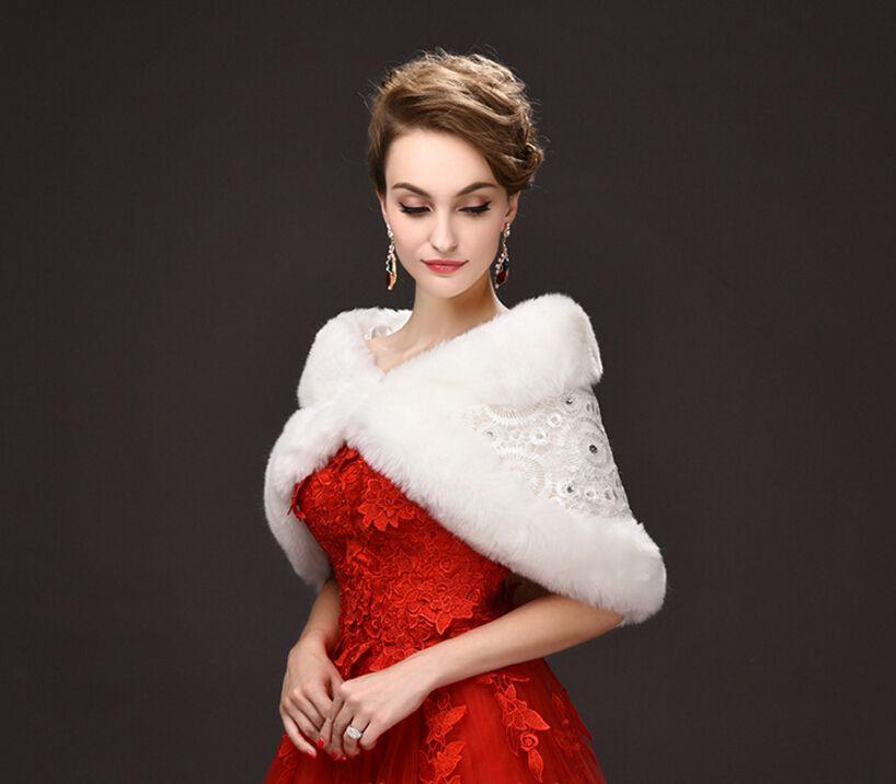 In Stock White Lace Winter Bridal Wraps Warm Soft Faux Fur Shrug Wedding Shawl Bride Prom Party Bridal Women Bolero With Beads