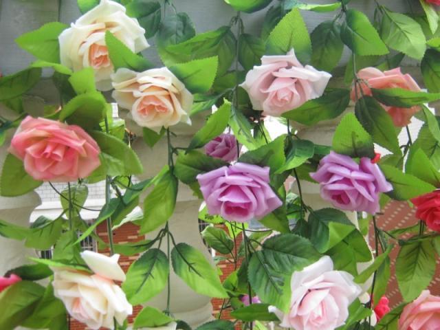 실크 로즈 꽃 등나무 20pcs 두 미터 동백 Garlands 장미 덩굴 결혼식 크리스마스 파티 장식 인공 벽 마운트 꽃