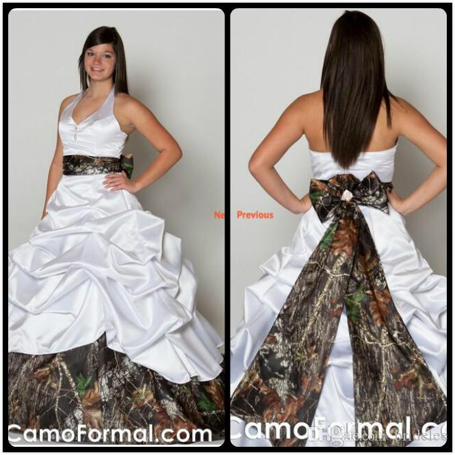 Sexy Halter Neck Backless Camo Wedding Dresses Plus Size Ball Gown Bow Ruched Satin White Discount Wedding Dresses Online