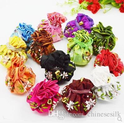 Mode Hand Ribbon Broderi Travel Smycken Bollkedjor Multi Pouch Drawstring Silk Storage Väskor 50st / Lot Mix Färgfri frakt