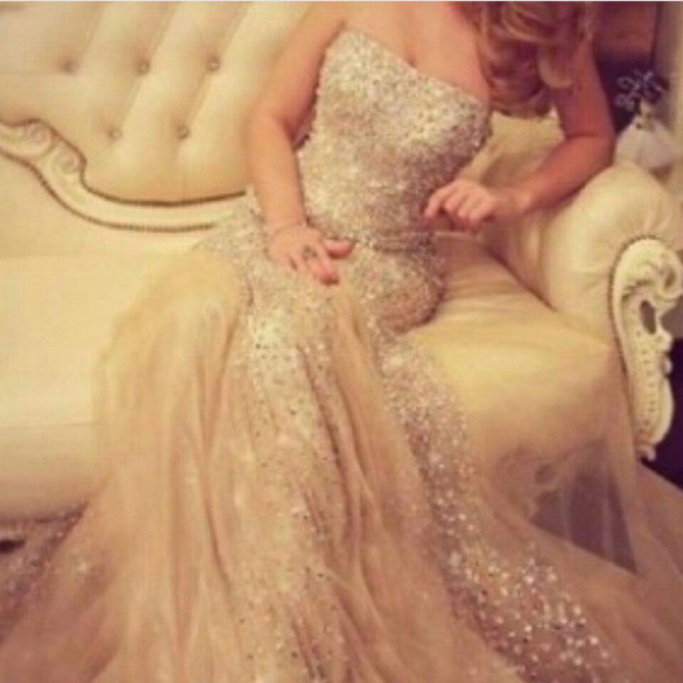 Champagne Prom Dresses 2016 Sexy Mermaid Bez Ramiączek Bladling Zroszony i Cekinowy Tulle Suknie Wieczorowe Robe de Soiree