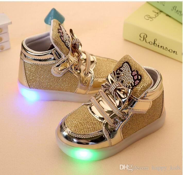 Bebés Meninas LED Luz Sapatos Criança Anti-Slip Botas Esportivas Crianças Sapatilhas Crianças Flats Dos Desenhos Animados sapatos 5 cores