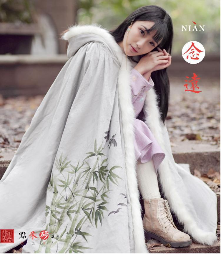 women's Winter's cloak, Chinese stylish hand-painted Han Dynasty reversible cape