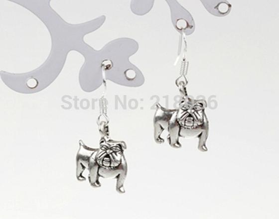 Alloy Bulldog Dog Charms Drop/Dangle Earrings 925 Silver Fish Ear Hook 50pairs Tibetan Silver Chandelier Earrings Jewelry Gift HOT L020