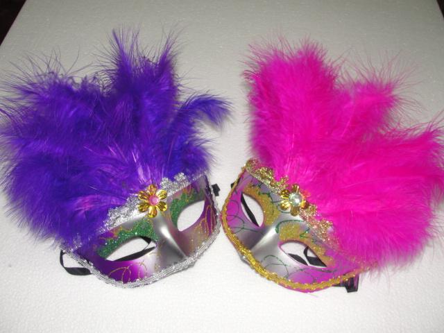 18 * 25cm 긴 깃털 마스크 11 뿌리 깃털과 레이스 트리밍 여성 파티 마스크 패션 파티 가면 마스크 500pcs / lot