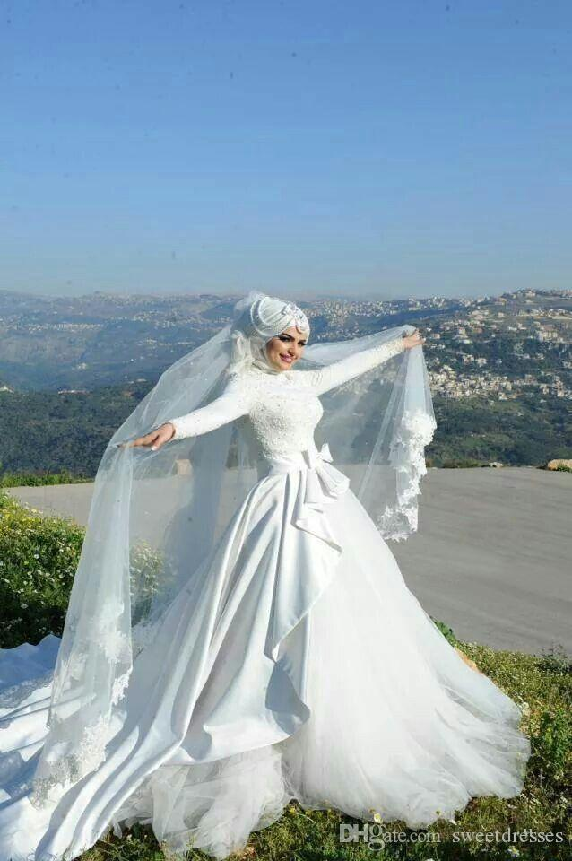 Long Sleeves Muslim Wedding Gowns A Line With Appliques And Bow ...