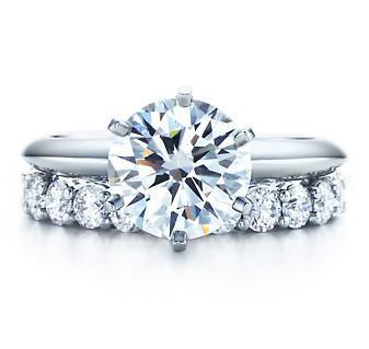 화려한 스타 신부의 반지 좋은 925 스털링 실버 주얼리 18K 화이트 골드 도금 합성 다이아몬드 결혼 반지 여성을위한 설정