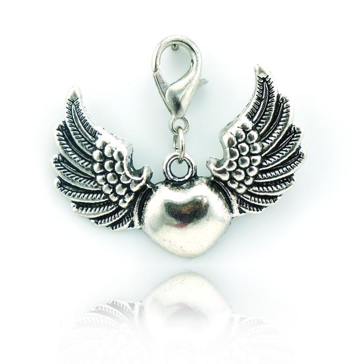 العلامة التجارية الجديدة أزياء المشبك جراد البحر سحر استرخى سبائك ريترو القلب الجناح diy المعلقات مجوهرات اكسسوارات DZE8490