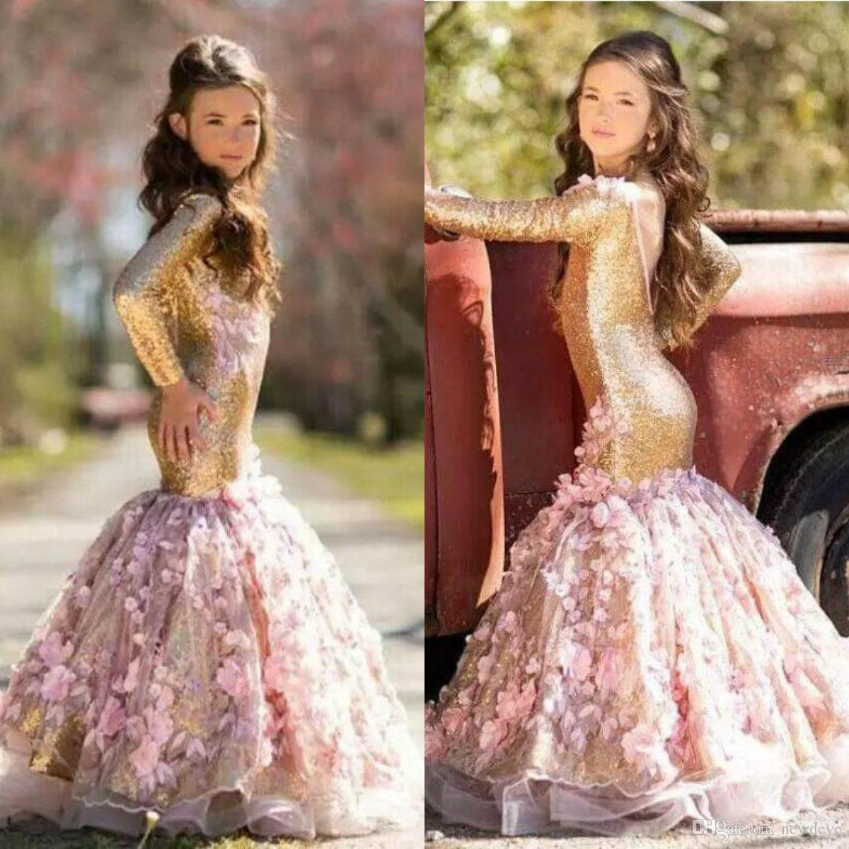 2019 New Gold Flower Girls Abiti per matrimoni Paillettes Mermaid Girls Pageant Abiti Maniche lunghe Backless Bambini Primi abiti da comunione