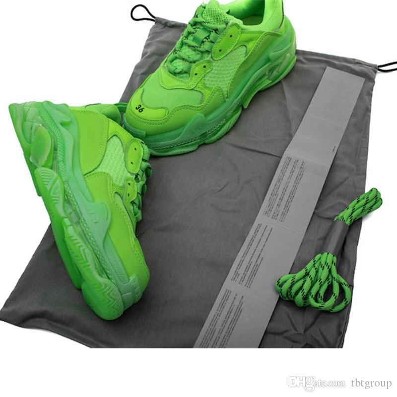 Лучшие кроссовки неоновый зеленый Тройной S Кроссовки для Женщины Мужчины дедушкой Тренер Урожай Dad обувь ясно пузырь Донные 12colors большого размера
