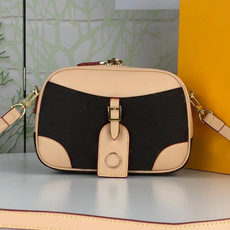 여성 크로스 바디 가방 메신저 가방 지갑 새 스타일 패션 편지 오래된 꽃 이동식 어깨 스트랩 두 색상 하드웨어 플랩 핸드백