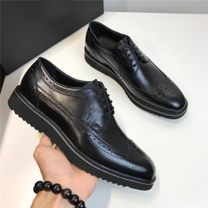 Mode chaussures en cuir pour hommes occasionnels extérieur cowhair peau de mouton intérieure souple et confortable chaussures habillées d'affaires avec la taille de la boîte 38-44