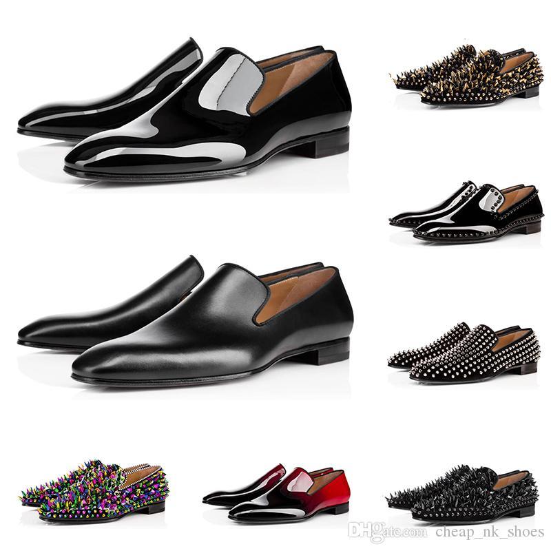 Новые люди роскошные дизайнерские мокасины, ботинки платья тройной черный красный патент Матовая кожа шипованные кроссовки для бизнеса обручальных плоским дном