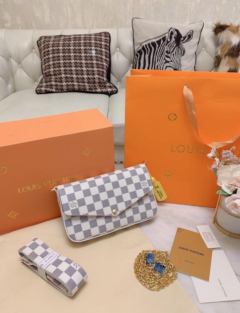 Новая мода цепи сумки на ремне, малый квадрат пакет Женская сумка Crossbody Сумка Tote Оригинал три кусок набор кошелек 1215006
