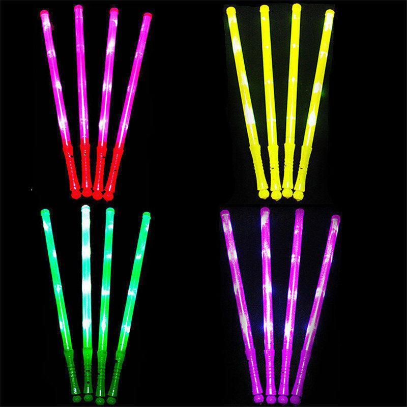 Venta caliente LED Sticks Flash Sticks Fluorescente LED Light Sword Sticks luminosos LED Cheer Props Festivales Navidad Carnaval Conciertos Juguetes
